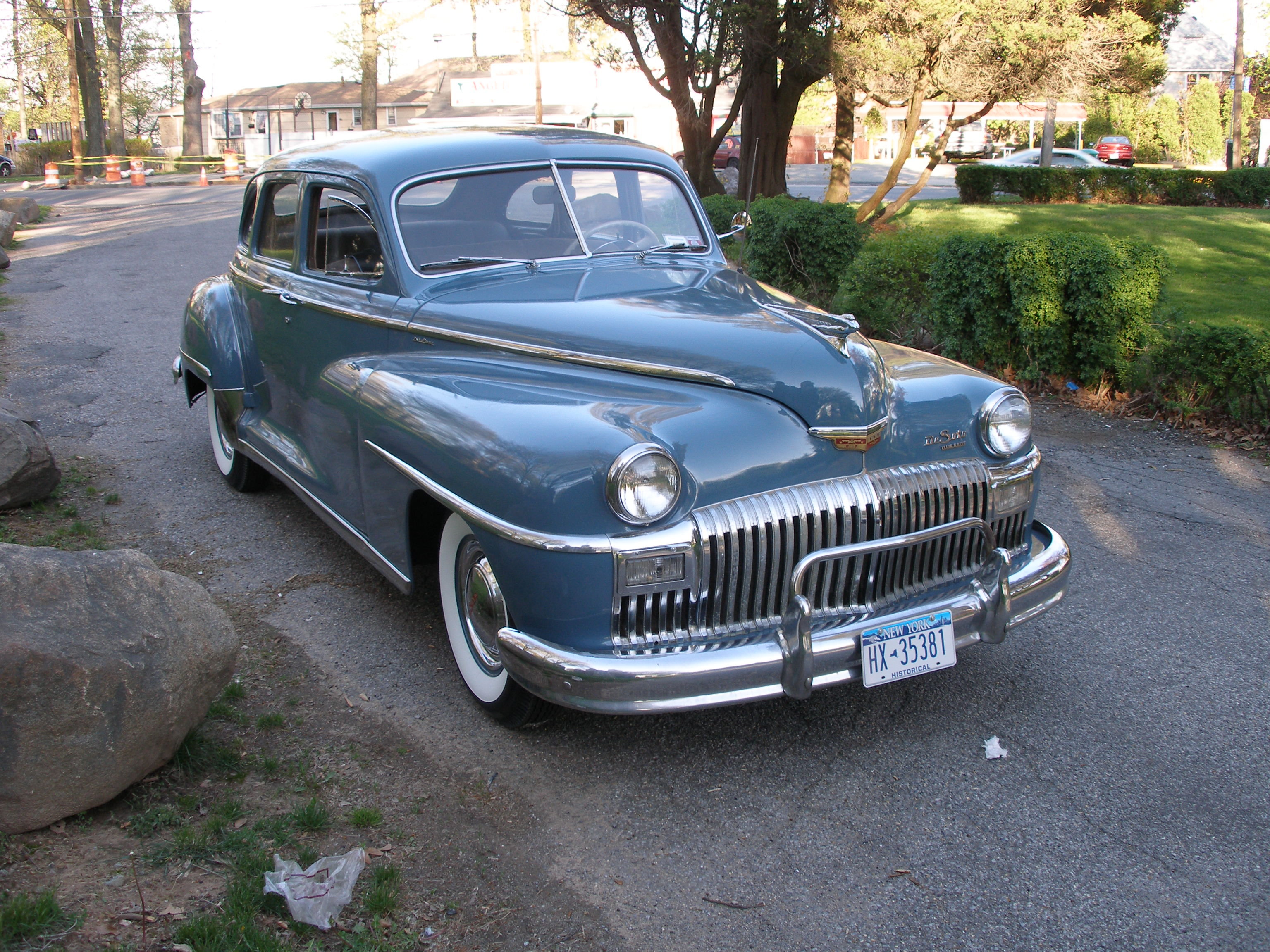 Antique/classic...well really any, CARS. I love to look at cars. I ...
